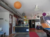 LPQ Backpackers Hostel: interior