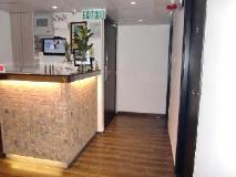 Move Inn: reception desk