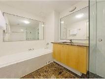 Wyndel Apartments - Shore Mark: interior