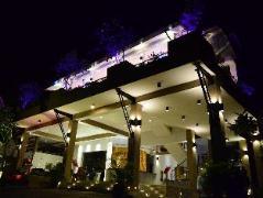 Hotel Sunrich Kandy   Sri Lanka Budget Hotels