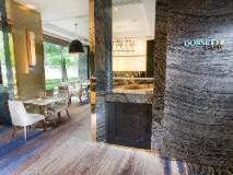 Dorsett Tsuen Wan Hong Kong: coffee shop/cafe