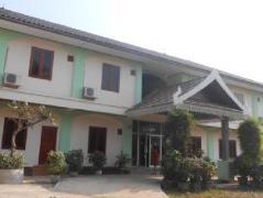 Phonenapha Hotel | Laos Budget Hotels