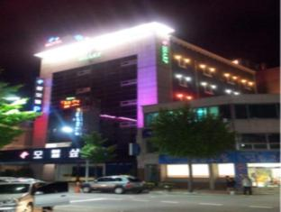 /sharp-hotel/hotel/andong-si-kr.html?asq=jGXBHFvRg5Z51Emf%2fbXG4w%3d%3d