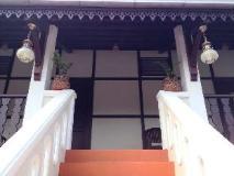 Villa Senesouk Riverside: interior