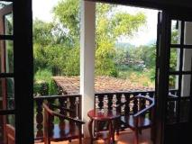 Villa Senesouk Riverside: balcony/terrace