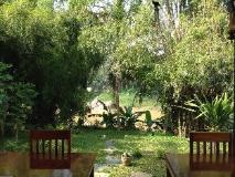 Villa Senesouk Riverside: garden