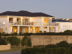 Anlin Beach House | Cheap Hotels in Plettenberg Bay South Africa