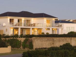 /anlin-beach-house/hotel/plettenberg-bay-za.html?asq=GzqUV4wLlkPaKVYTY1gfimLa2A4GktPVw68GMmB8Zpqx1GF3I%2fj7aCYymFXaAsLu