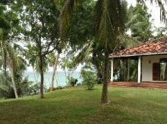 Alkura Beach Front Villa. | Sri Lanka Budget Hotels