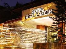 Hotel Royal Garden : hot tub