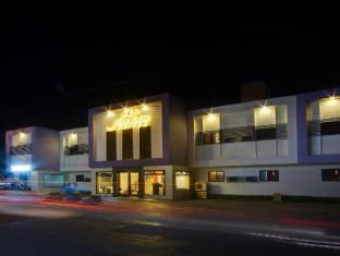 大地套房酒店
