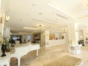/city-bay-palace-hotel/hotel/halong-vn.html?asq=jGXBHFvRg5Z51Emf%2fbXG4w%3d%3d