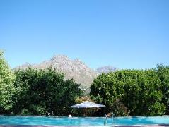 Kronendal Heritage Guesthouse | Cheap Hotels in Cape Town South Africa