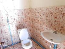 Paliya Hotel: bathroom