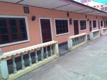 Mountee Guesthouse: exterior