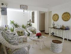Philippines Hotels | Grandma's Home Bed and Breakfast