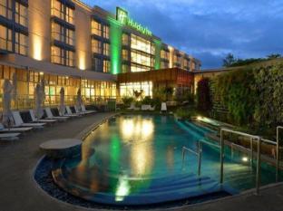 /holiday-inn-mauritius-mon-tresor/hotel/mauritius-island-mu.html?asq=5VS4rPxIcpCoBEKGzfKvtBRhyPmehrph%2bgkt1T159fjNrXDlbKdjXCz25qsfVmYT