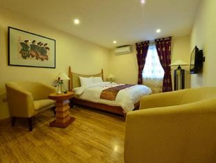 Golden Sun Villa Hotel Hanoi - Deluxe City View