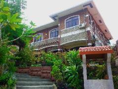 Jannah Glycel Beach House | Philippines Budget Hotels