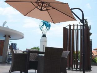 ION Bali Benoa Hotel Bali - Piscina