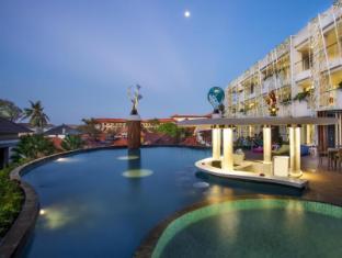 ION Bali Benoa Hotel Bali - Bể bơi