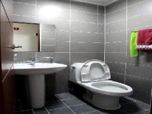 Laketel Residence: bathroom