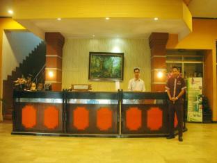 /id-id/bandung-permai-hotel/hotel/jember-id.html?asq=jGXBHFvRg5Z51Emf%2fbXG4w%3d%3d
