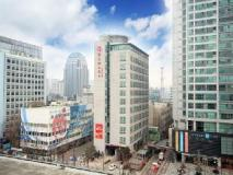 Ramada Seoul Jongno Hotel: exterior