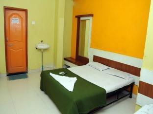 /sai-darshan-hotel/hotel/shirdi-in.html?asq=jGXBHFvRg5Z51Emf%2fbXG4w%3d%3d