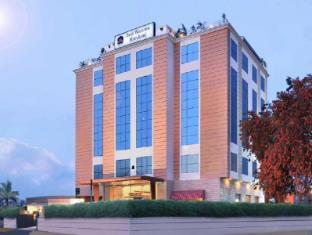 /hotel-maryland/hotel/chandigarh-in.html?asq=jGXBHFvRg5Z51Emf%2fbXG4w%3d%3d
