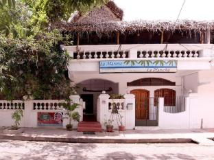 /la-marina-a-heritage-guest-house/hotel/pondicherry-in.html?asq=jGXBHFvRg5Z51Emf%2fbXG4w%3d%3d