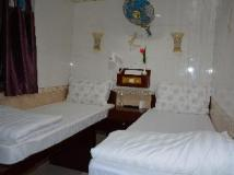 Everest Guest House: interior