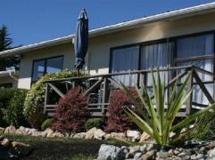 Pohara Beachfront Motel | New Zealand Budget Hotels