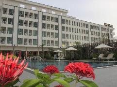 Moon Julie Hotel | Cambodia Hotels