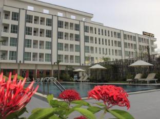 /moon-julie-hotel/hotel/sihanoukville-kh.html?asq=jGXBHFvRg5Z51Emf%2fbXG4w%3d%3d