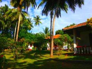 /rocky-point-beach-bungalows/hotel/tangalle-lk.html?asq=jGXBHFvRg5Z51Emf%2fbXG4w%3d%3d