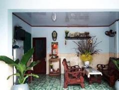 Ba Doan Guesthouse | Vietnam Budget Hotels