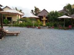 Le Coco De Mer Bungalows And Restaurant | Cambodia Hotels