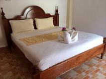 Phetsavan Guesthouse: guest room