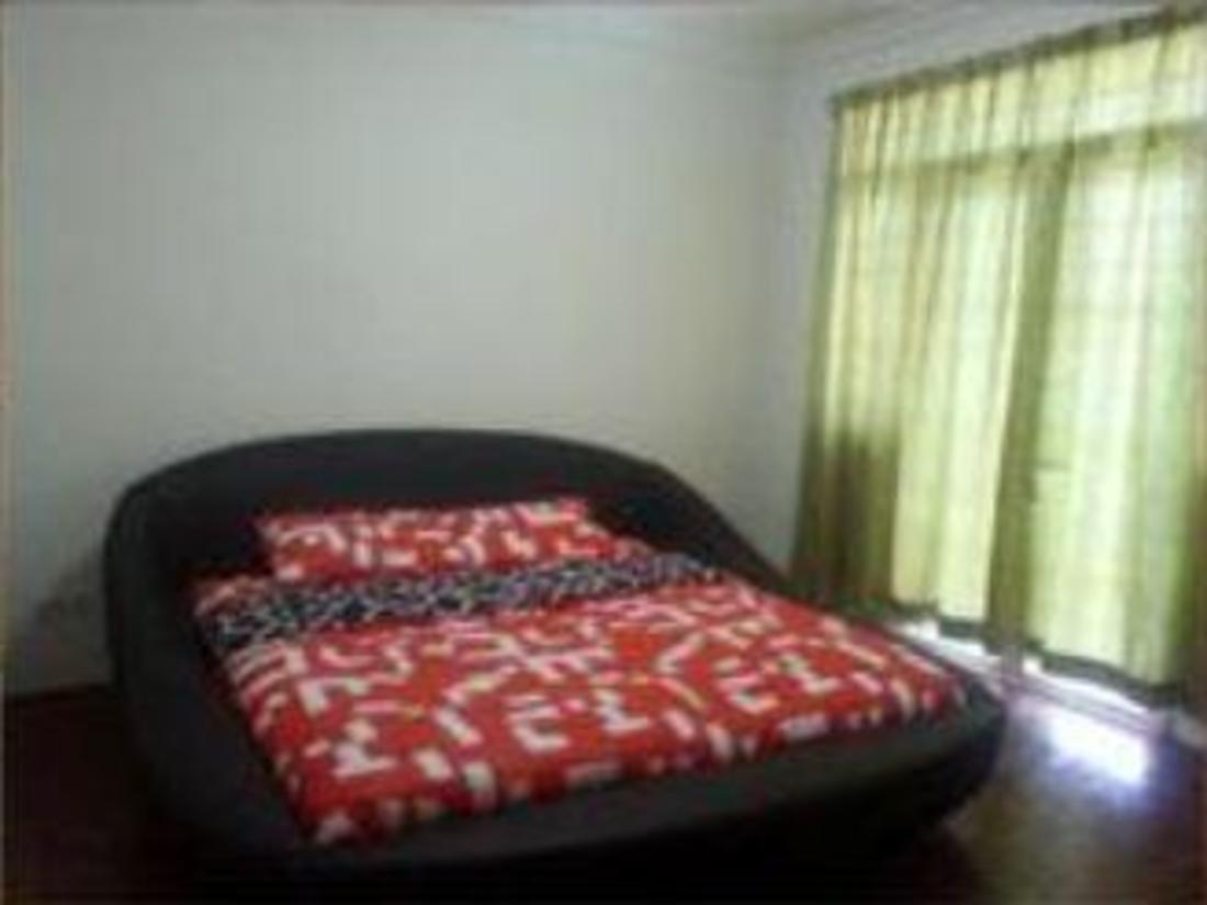 4 Bedroom Room