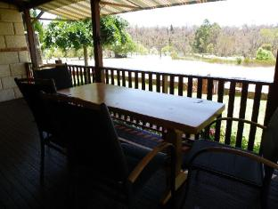 /clover-cottage-country-retreat/hotel/manjimup-au.html?asq=jGXBHFvRg5Z51Emf%2fbXG4w%3d%3d