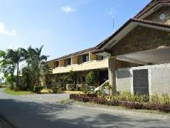 Hotel in Philippines Cavite | Phil Oasis Hotel and Resort
