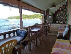 Hotel in Philippines El Nido | Relucio Travellers Pension