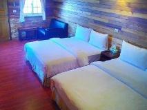 Long-Ko B & B: guest room