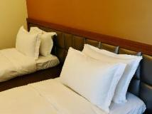 Watermark Hotel: guest room