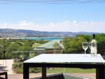Apollo Bay Cottages: balcony/terrace