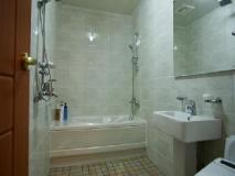 I Zone Hotel: bathroom