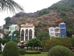 Nam Phuong Hotel | Cat Ba Island Budget Hotels