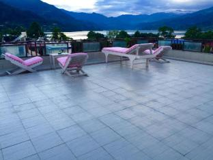 /zh-cn/kotee-home-hotel/hotel/pokhara-np.html?asq=yNgQPA3bPHj0vDceHCVqknbvCD7oS49%2fRVne3hCPhvhI8t2eRSYbBAD43KHE%2bQbPzy%2b04PqnP0LYyWuLHpobDA%3d%3d