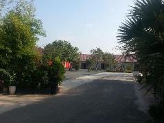Moon Morokoth Hotel | Cambodia Budget Hotels
